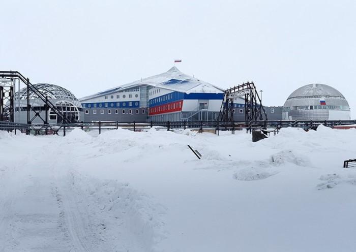 КАКВО строят руските военни в Арктика?