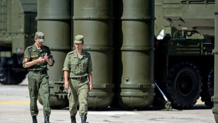 КРАЛЯТ на Саудитска арабия в Русия - пореден трън в таза на ФАЩ