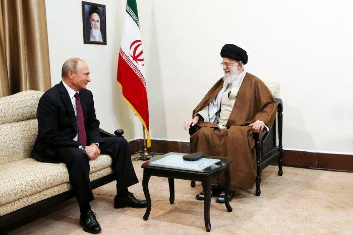 ЛИДЕРЪТ на Иран подсказа на Путин как да изолират ФАЩ