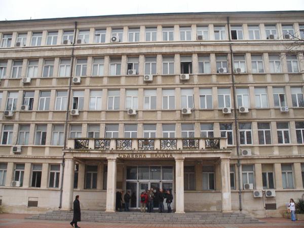 ОКРЪЖНА ПРОКУРАТУРА Варна търси осъдени