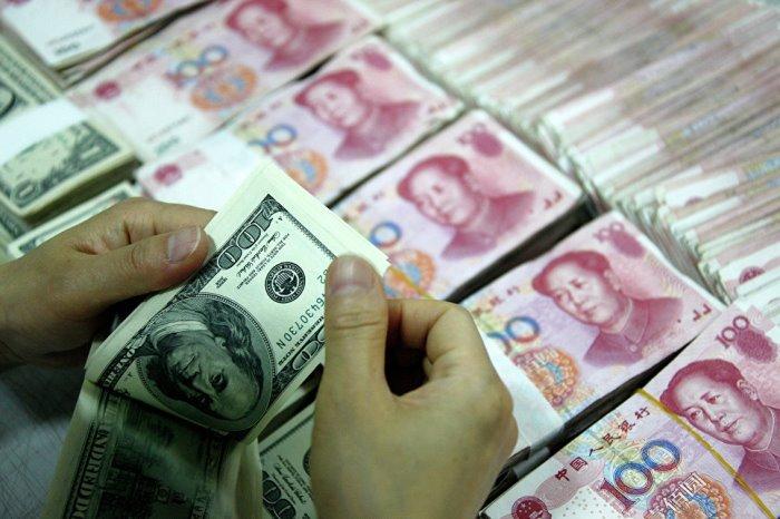 ГЕРМАНИЯ сваля дела на долара в юани