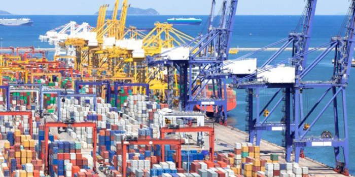 РУСКИЯТ НЕсуровинен износ нарасна с 20 % до $ 200 млрд