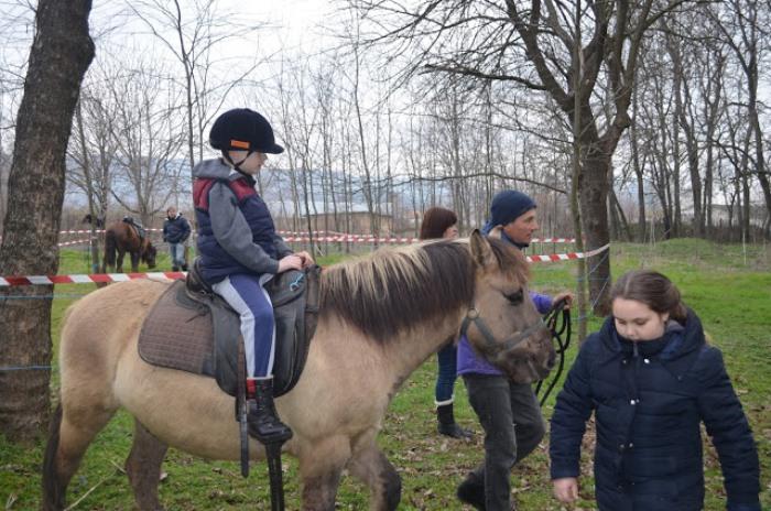 Тодоровден в Девня – незабравимо преживяване за децата