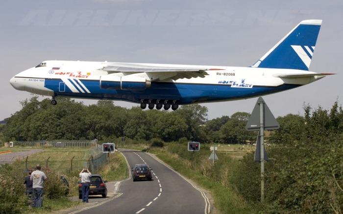 УКРАЙНА в ярост: Русия пуска най-тежкотоварния самолет в света