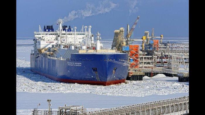 РУСИЯ започна редовен превоз на газ от Ямал към Китай по Северния морски път