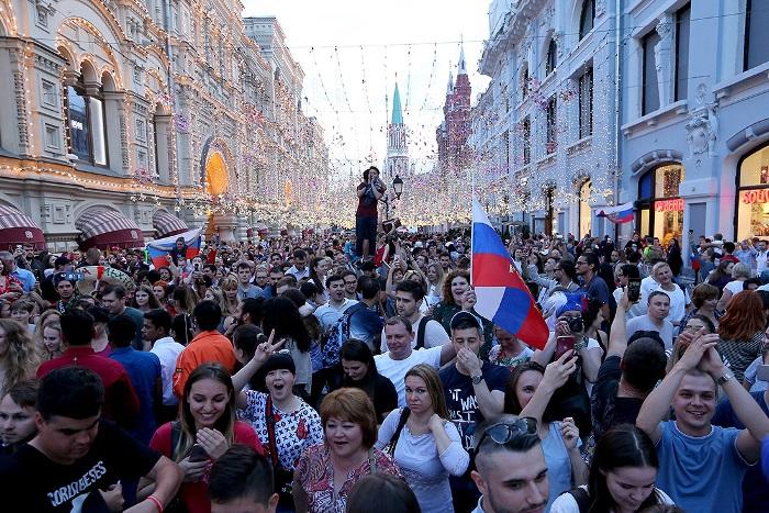 """СВОБОДНА Франция и """"дива"""" Русия. Да не сбъркате!"""