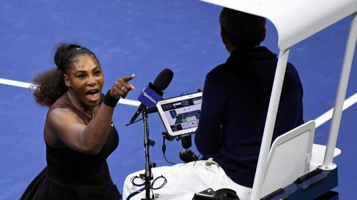 АФРОАМЕРИКАНКАТА Сирена кара съдиите по тенис да се обединят