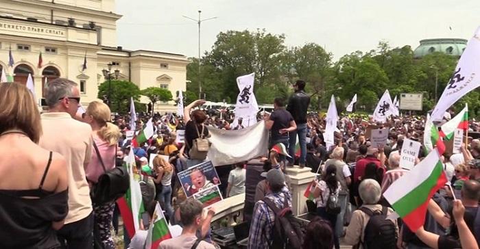 """ЗА """"ВЪЗРАЖДАНЕ"""" ЦЕНЗУРА ПОВЕЧЕ ОТ ГЬОБЕЛС: Забраниха на """"свободните медии"""" да информират за 10-хиляден митинг"""