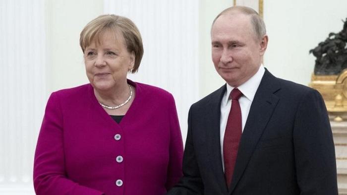 МЕРКЕЛ призна срама на НЕМСКО пред РУСИЯ за 22 юни